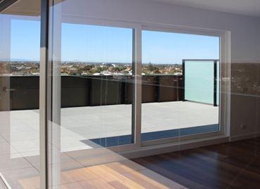 Imagen para la categoría Perfilería blanca superior - Doble Vidrio y Vidrio Simple - Fabricación nacional a la medida de su proyecto.  Entrega en 12 días.