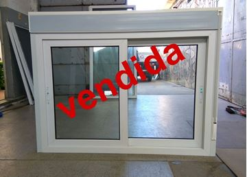 Imagen de 30%OFF-Ventana PVC 140 x 100  CON CORTINA INTEGRADA