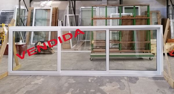 Imagen de 30% OFF  Ventana TRIPLE RIEL PVC DVH 380 x  120 doble vidrio corredizas.