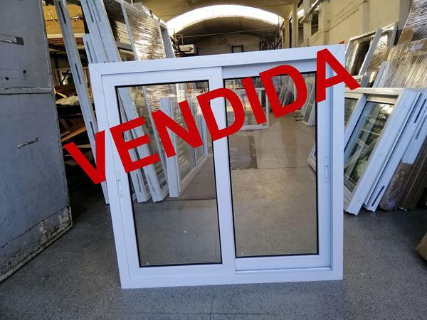 Imagen de 30%OFF-Ventana PVC DVH 120x120 doble vidrio corredizas.